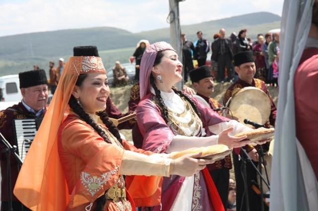 Нияра Нурмамбетова и Эльмира Усеинова